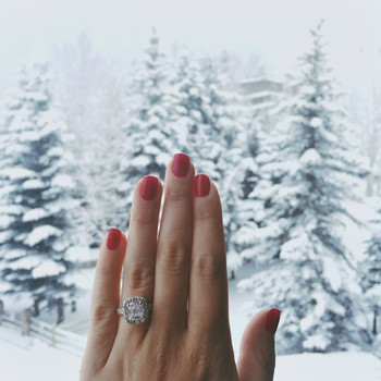 11 Cute Ways to Announce Your Engagement on Instagram