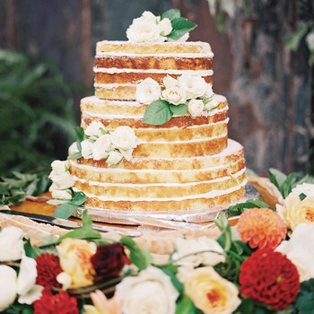 The Best Flavors to Consider for Your Naked Wedding Cake