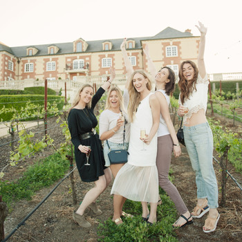 A Wine-Tasting Bachelorette Weekend in Napa for Eat.Sleep.Wear's Kimberly Pesch