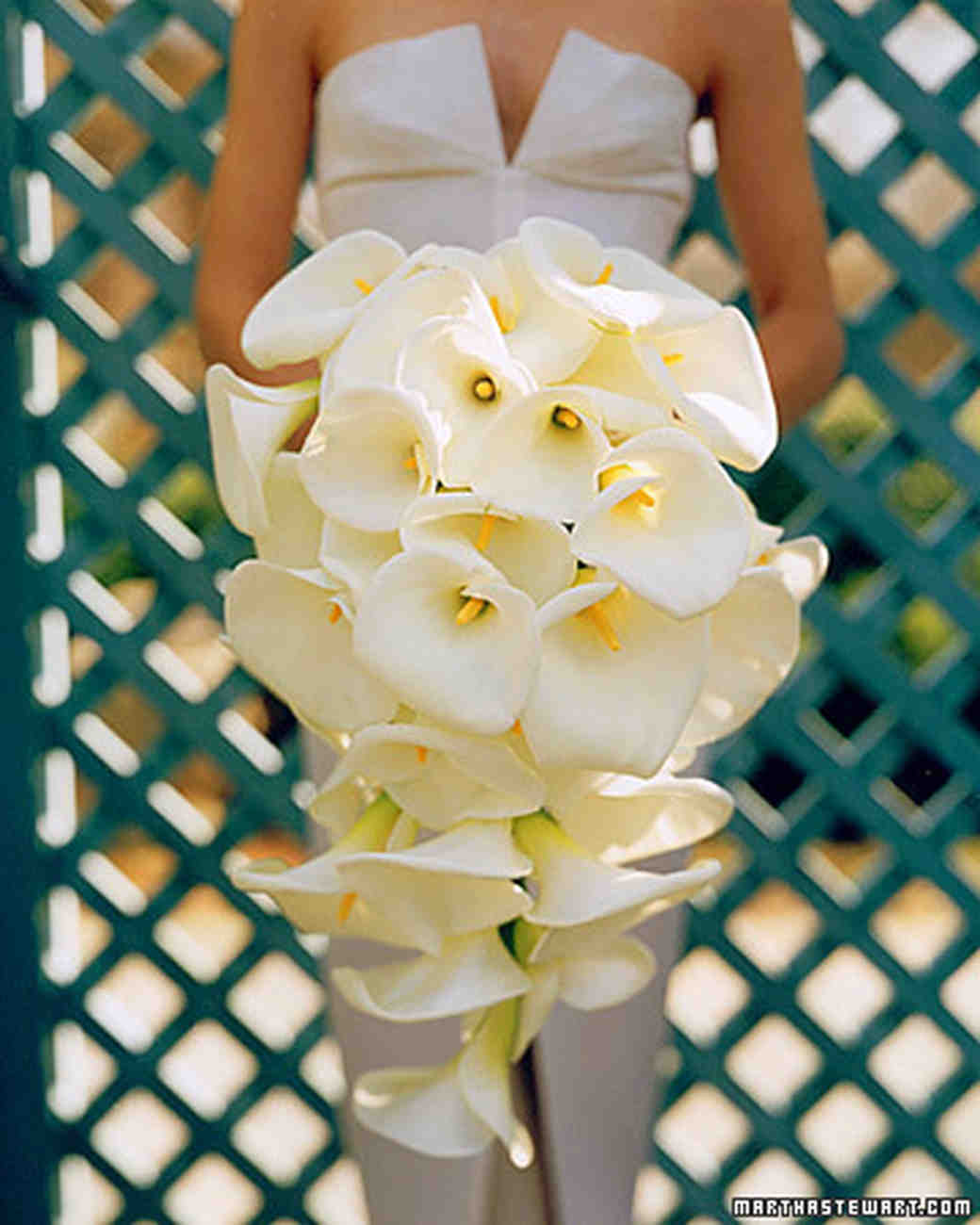 Lily wedding bouquets martha stewart weddings chic white bouquet izmirmasajfo