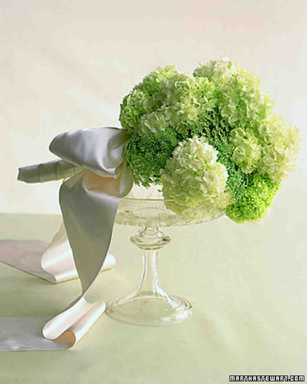 Green wedding flowers martha stewart weddings green and white laced bouquet izmirmasajfo