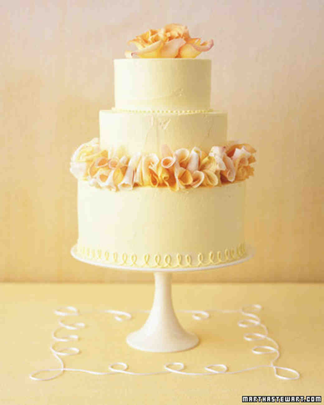 Traditional Wedding Cakes | Martha Stewart Weddings
