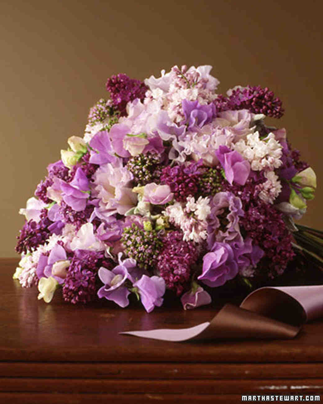 Wedding Flowers Lilac: Wedding Colors: Lilac And Brown