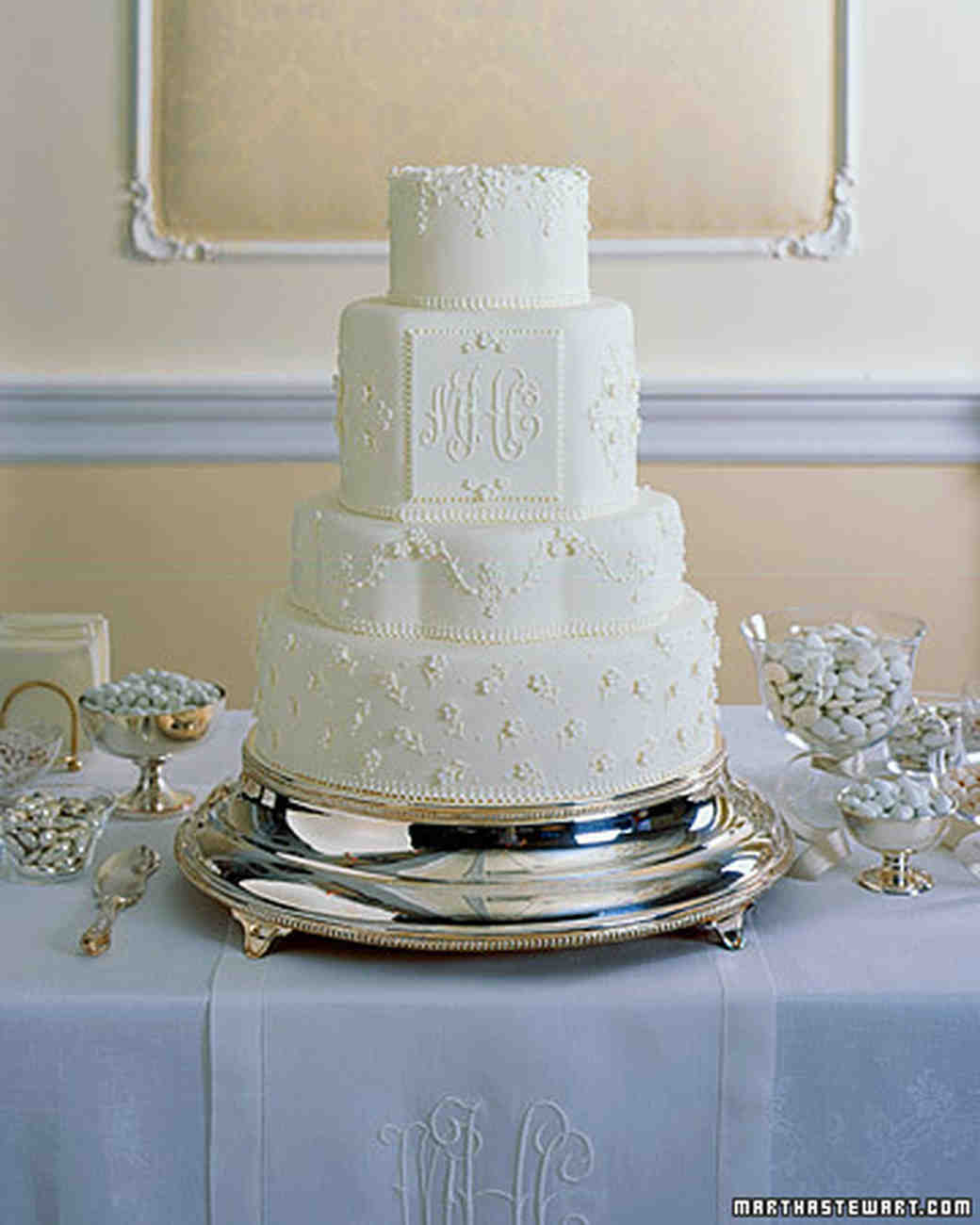 traditional white wedding cake traditional wedding cakes martha stewart weddings 21214