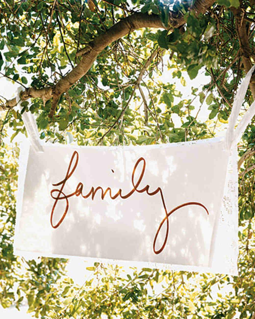 mw1004_fal04_family.jpg