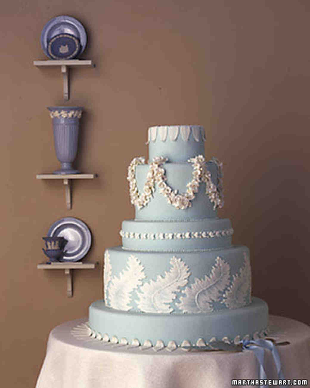 15 years of wedding cakes martha stewart weddings junglespirit Gallery