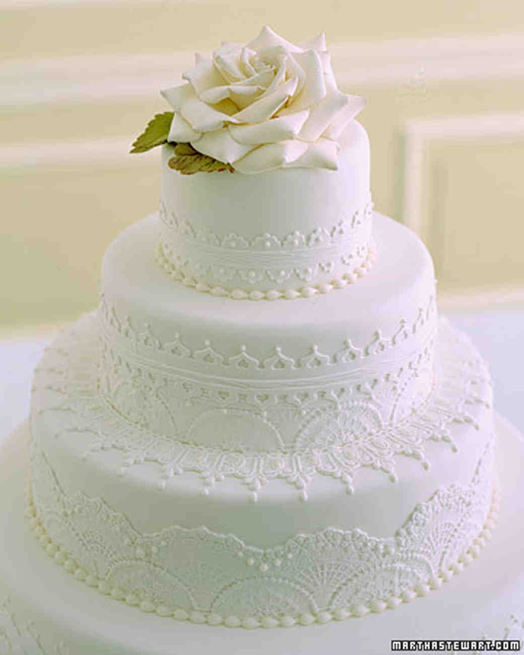 Traditional Wedding Cakes Martha Stewart Weddings - Old Fashioned Wedding Cake