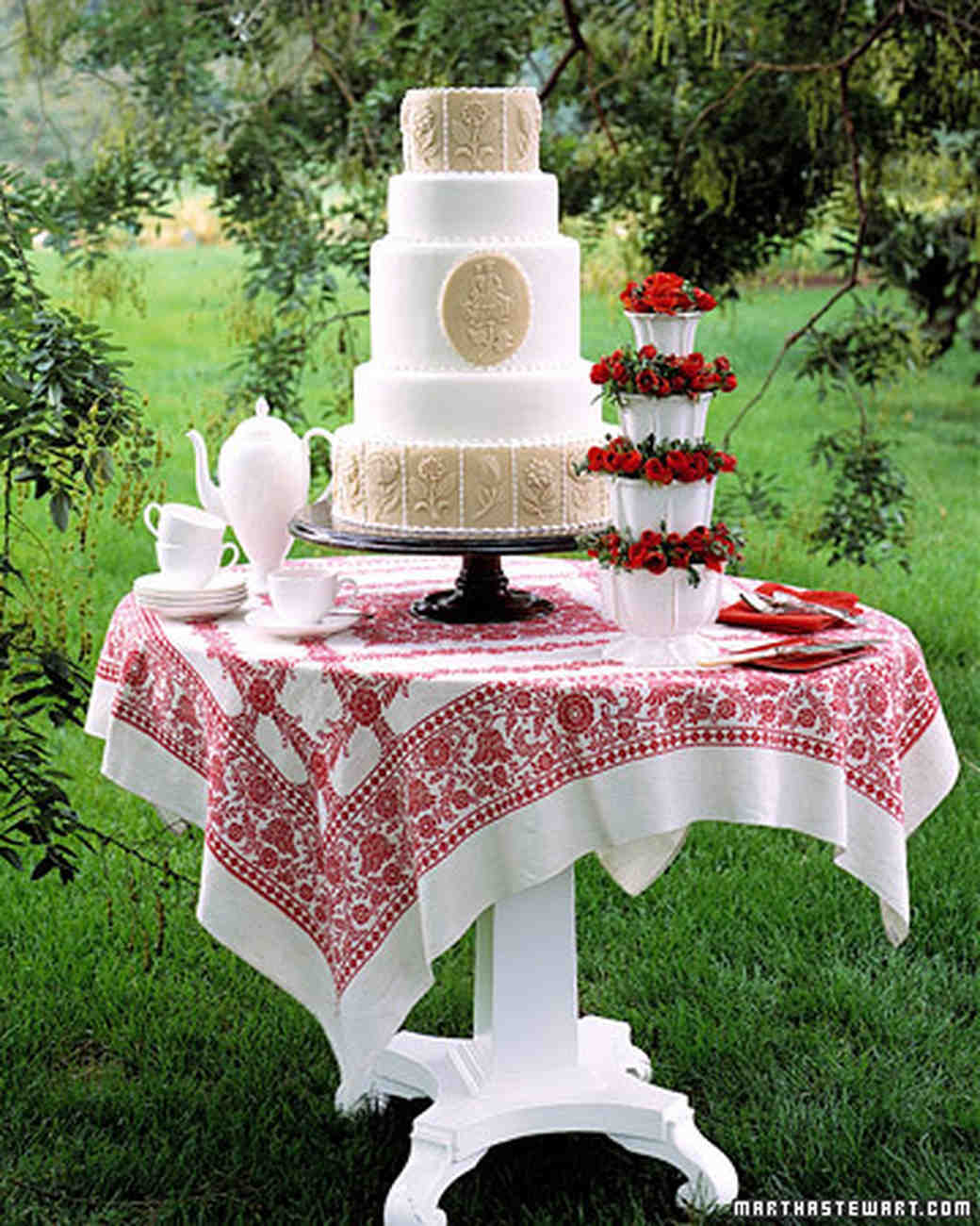 martha stewart almond wedding cake recipe marzipan 17187