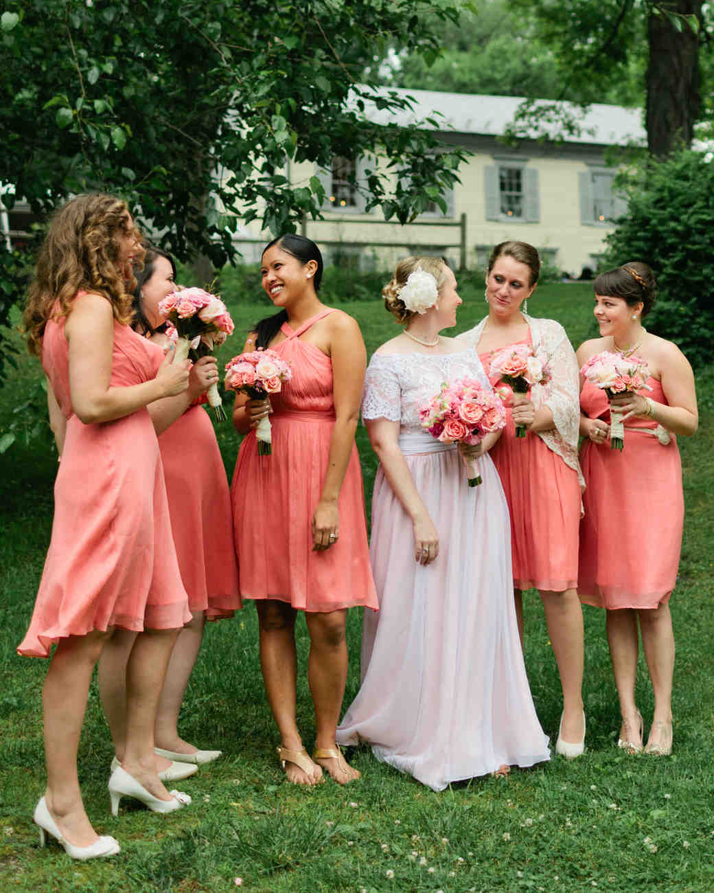 Martha brides and bridesmaids in jew dresses martha stewart martha brides and bridesmaids in jew dresses martha stewart weddings ombrellifo Images