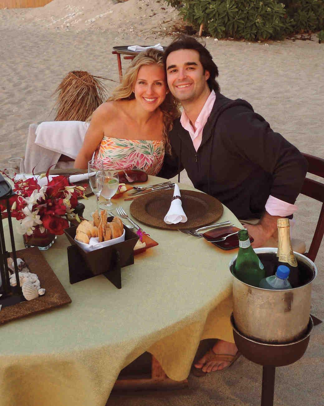 dinner-beach-ms109967.jpg
