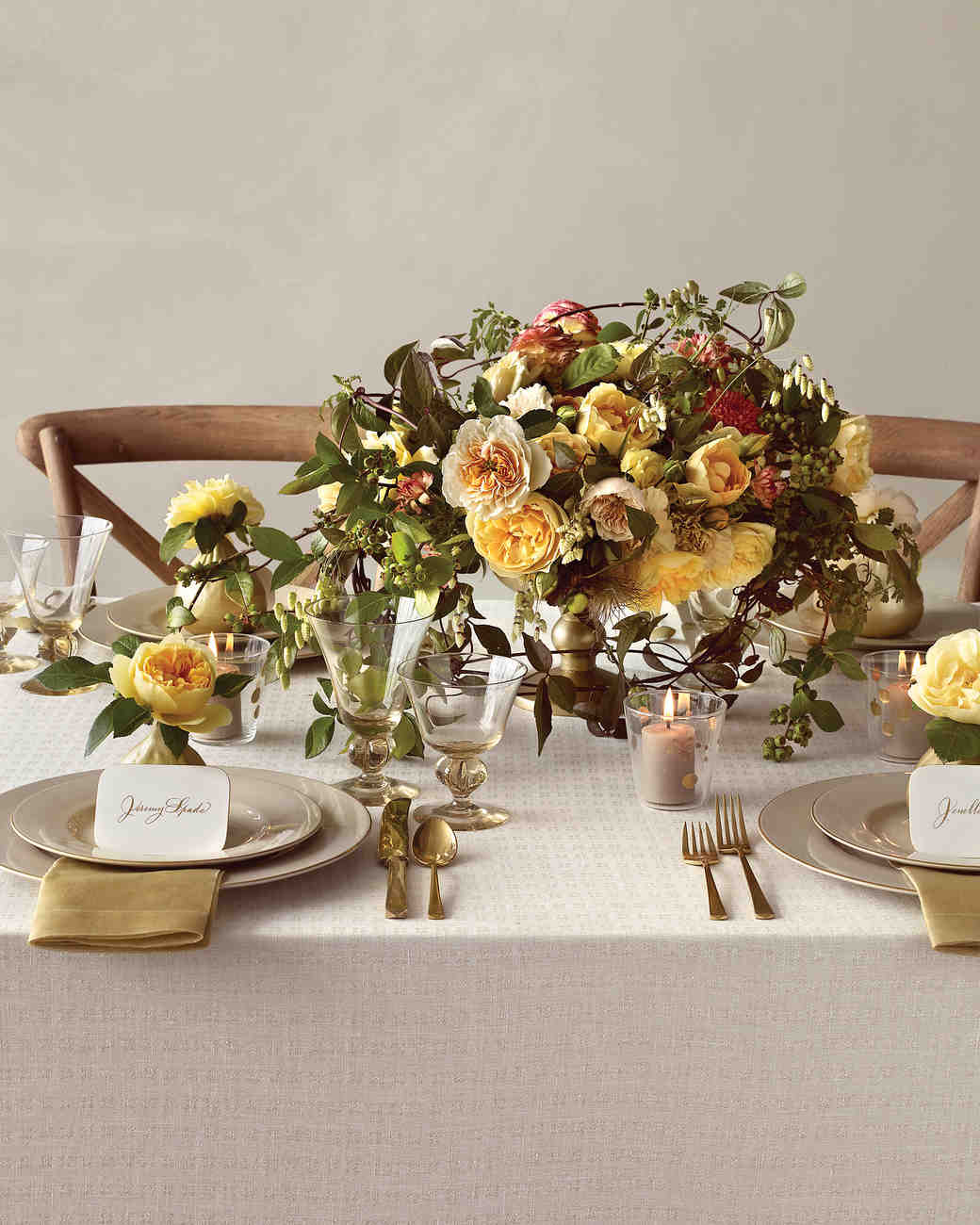 Earthy wedding flower ideas martha stewart weddings photography ngoc minh ngo junglespirit Image collections