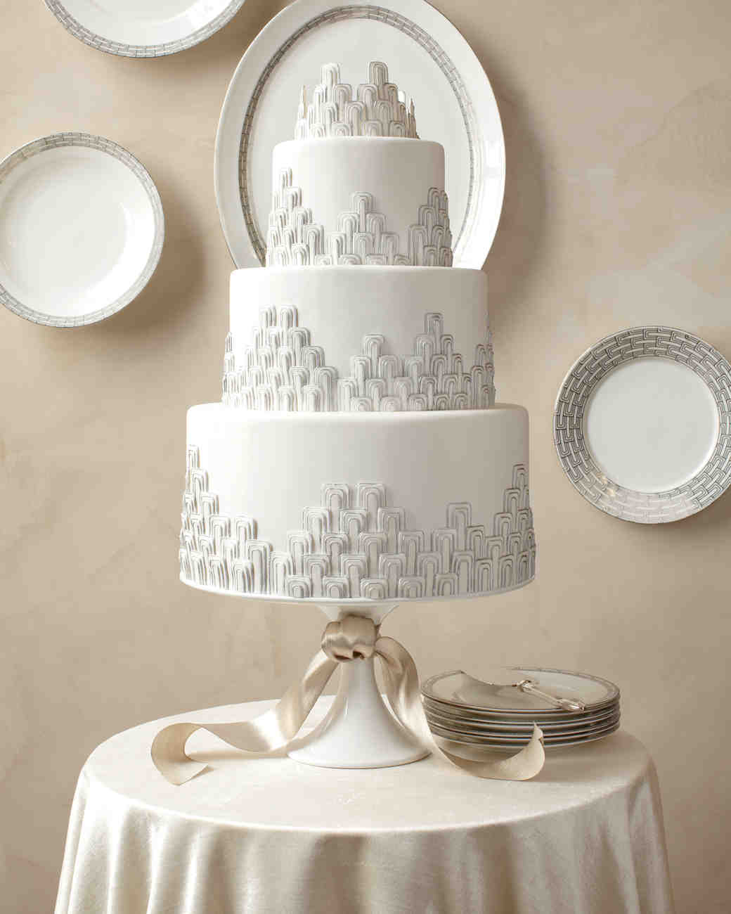 simple silver wedding cake ideas wedding cakes inspired by china patterns martha stewart 20018