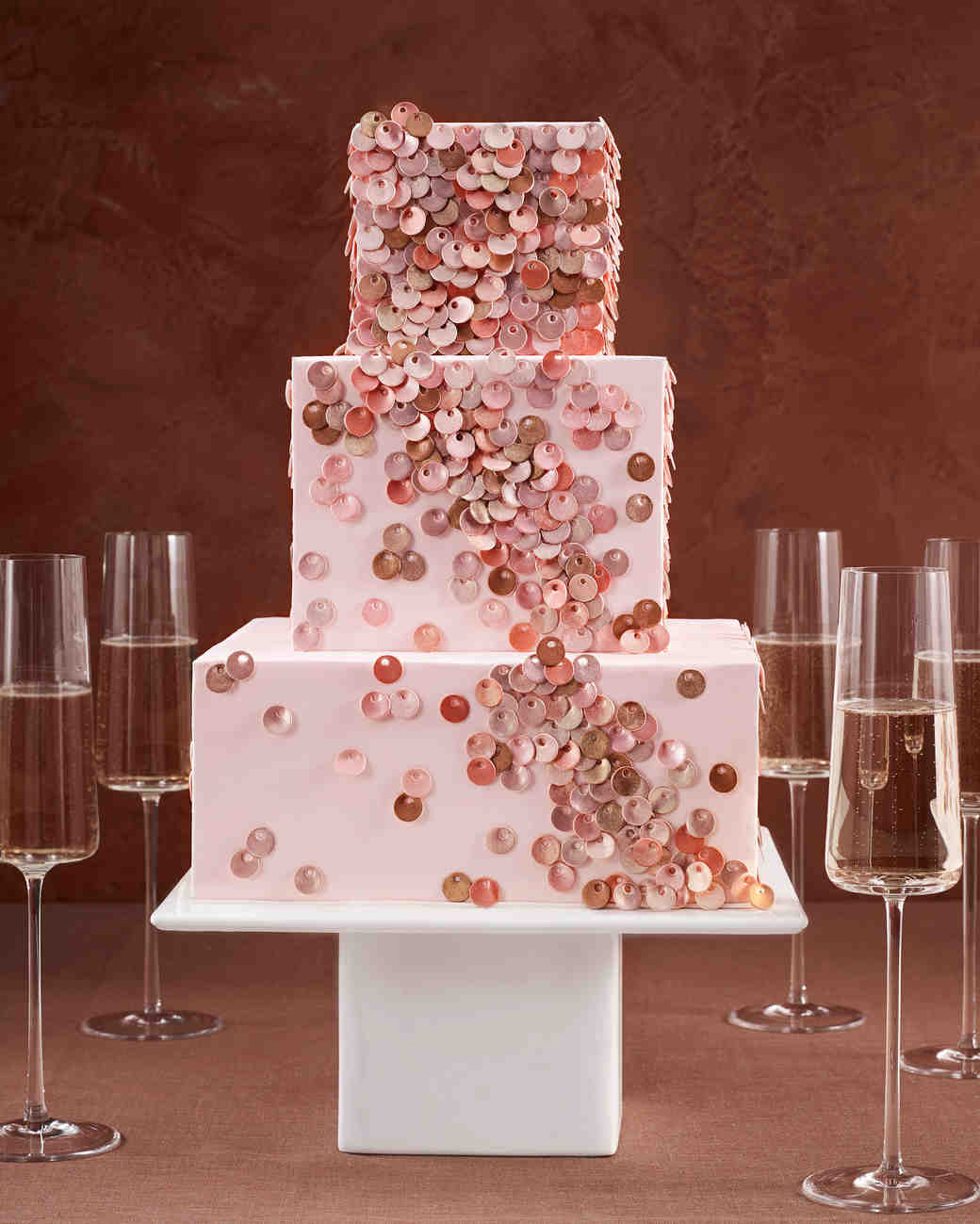These Fabric-Inspired Wedding Cakes Make for Fashionable Desserts ...