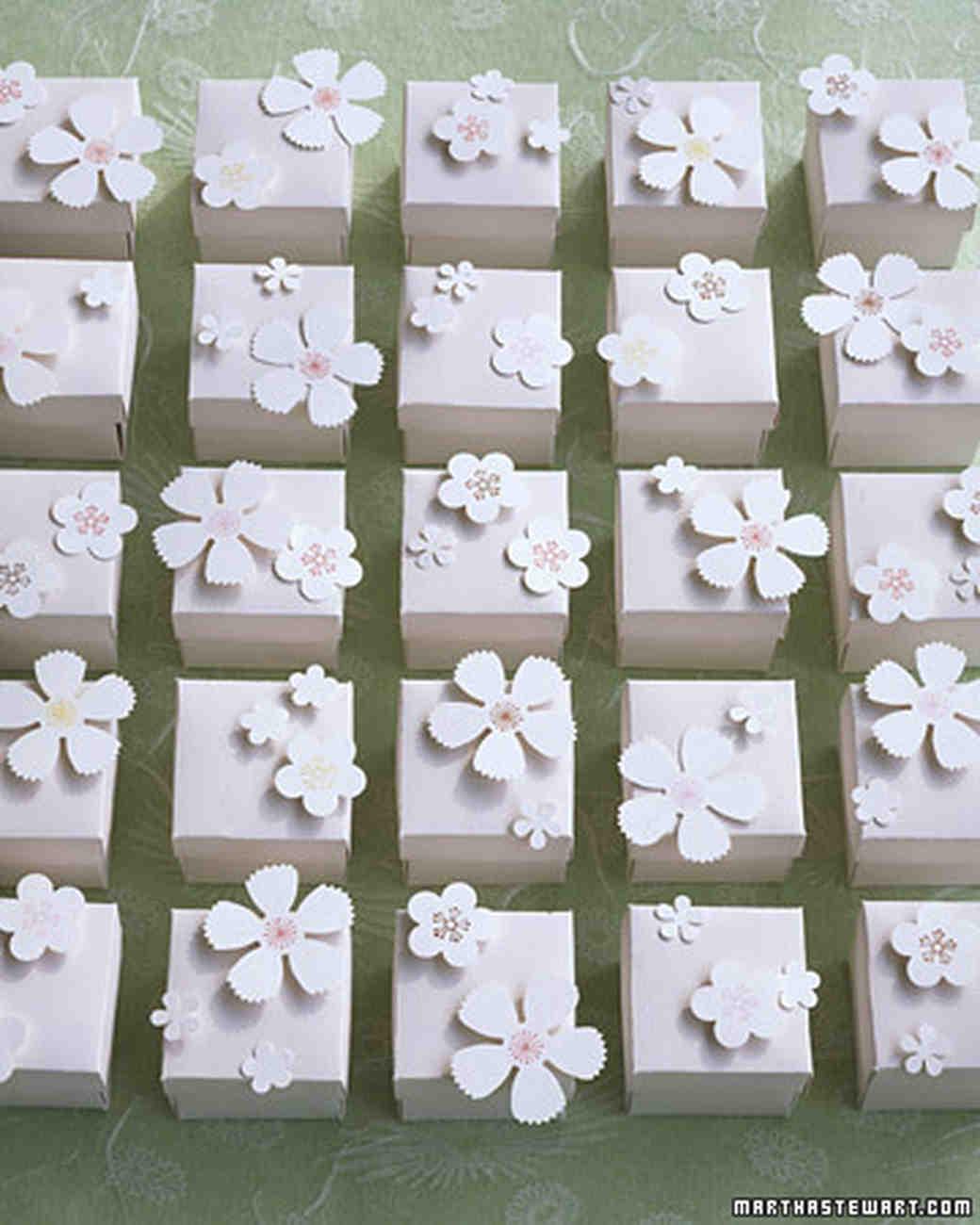13 DIY Wedding Favor Ideas for a Spring Celebration | Martha Stewart ...