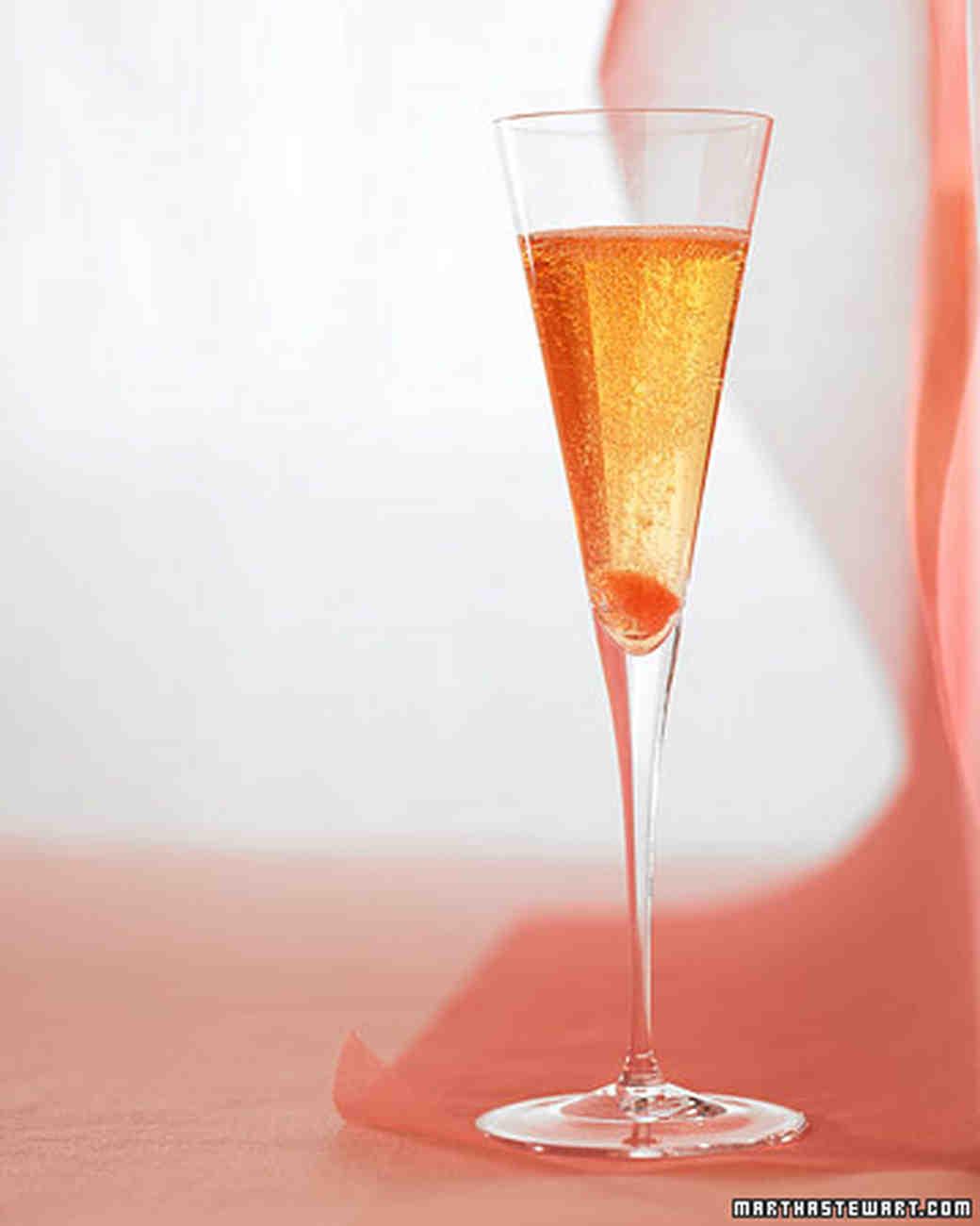 wedding_champagnep224.jpg