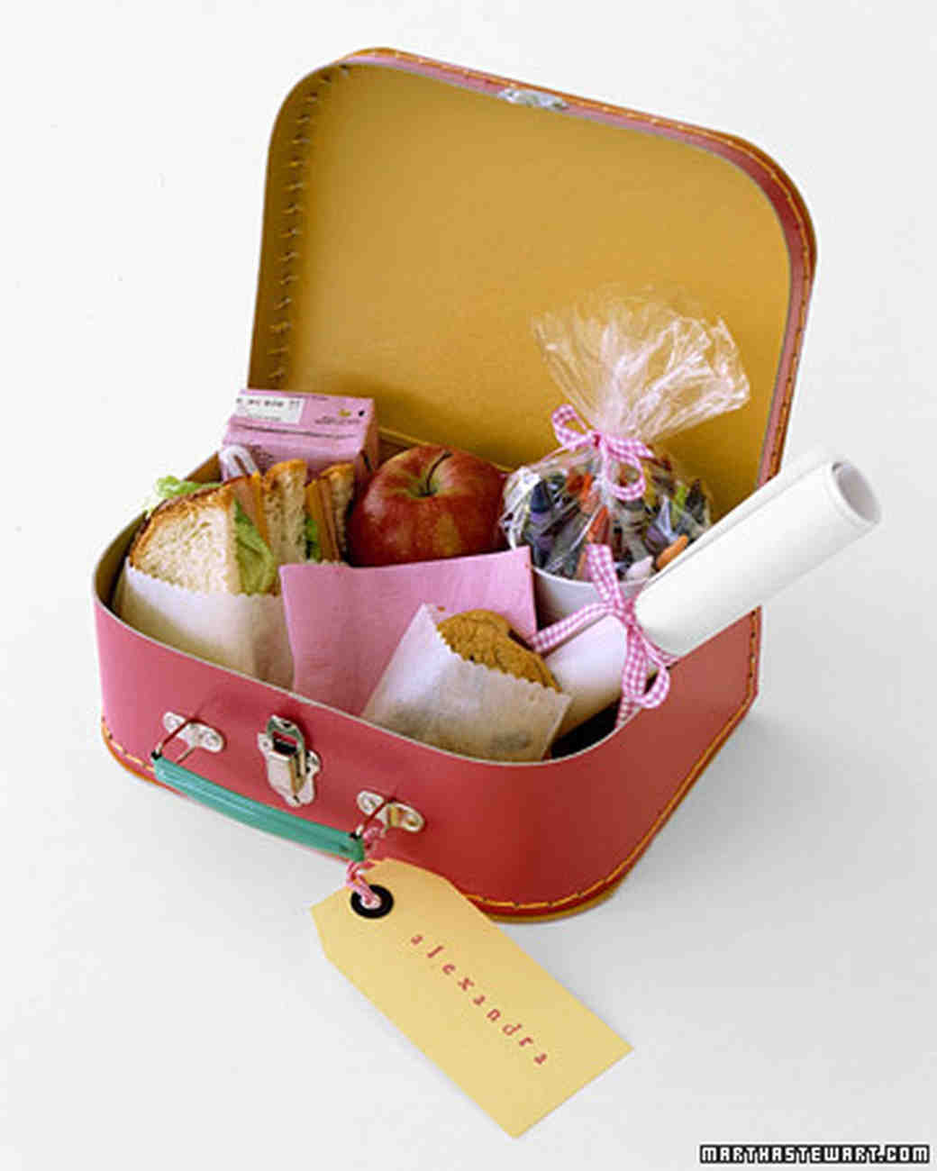a100406_win04_lunchbox.jpg