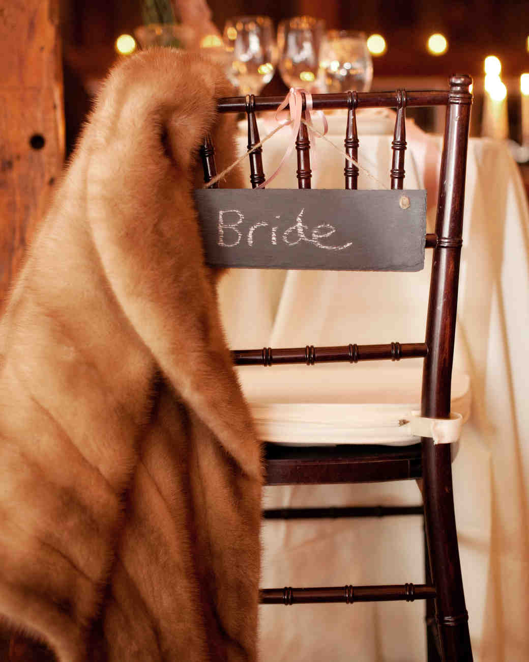 brides-chair-wds109378.jpg