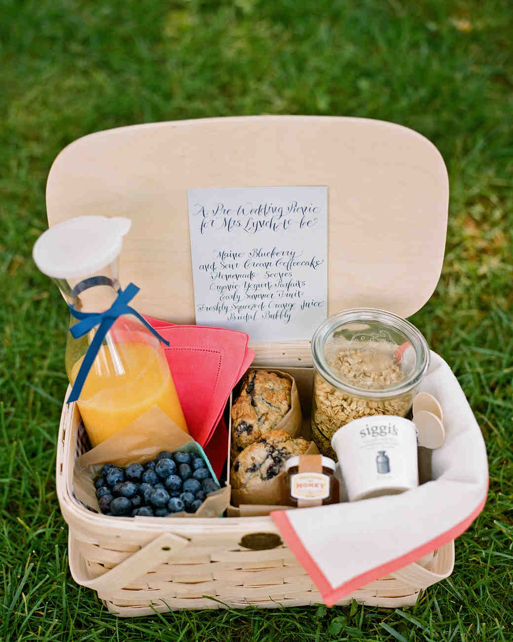 Picnic Basket Breakfast Ideas : Your ultimate guide to throwing a destination wedding all
