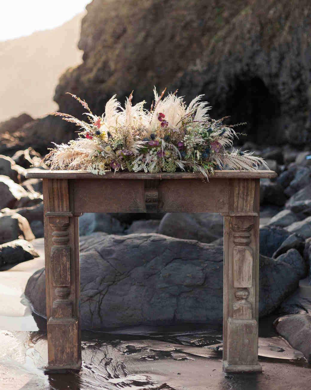mantel on the beach