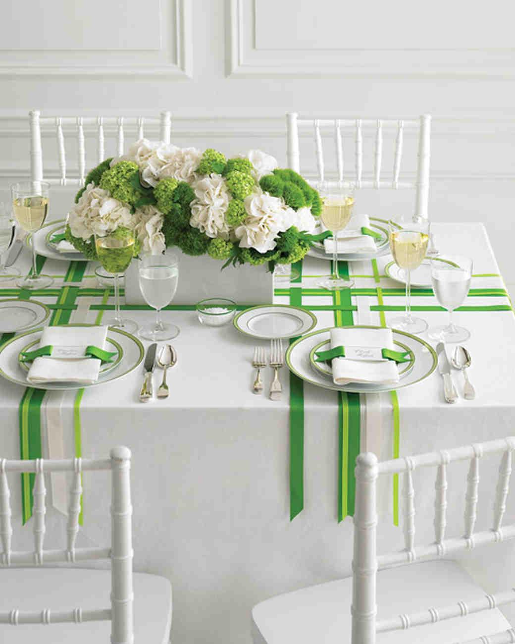 Green wedding table settings loris decoration wedding colors green and white martha stewart weddings junglespirit Gallery