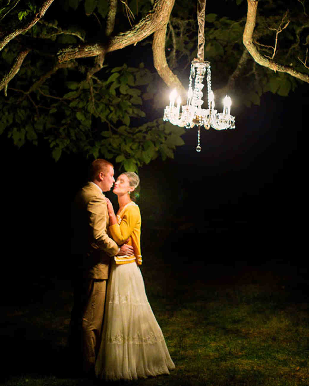 Outdoor Wedding Lighting Ideas from Real Celebrations | Martha ...