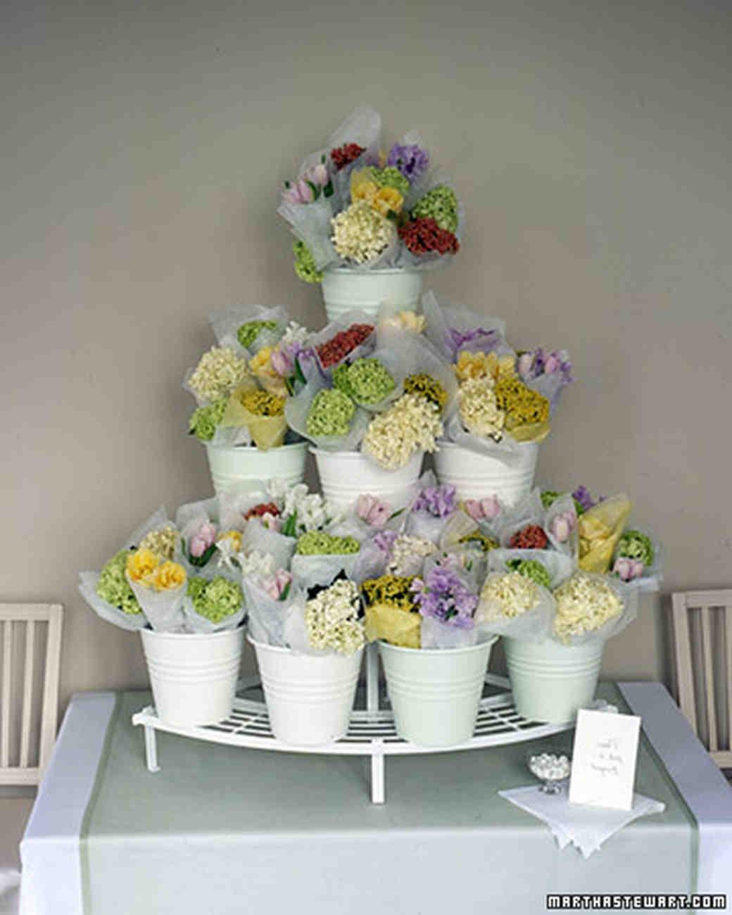 13 Diy Wedding Favor Ideas For A Spring Celebration Martha Stewart