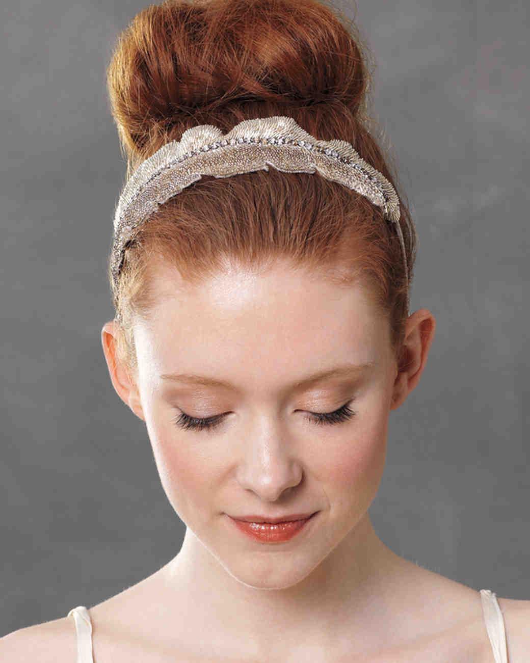 Wedding hair accessories martha stewart weddings junglespirit Image collections