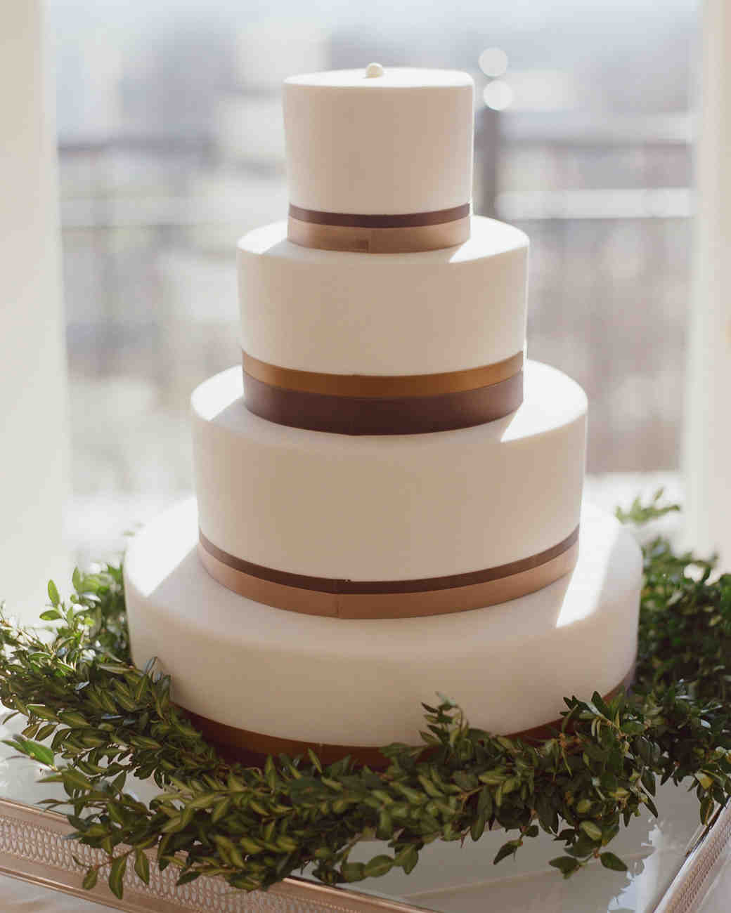 40 simple wedding cakes that are gorgeously understated martha stewart weddings. Black Bedroom Furniture Sets. Home Design Ideas