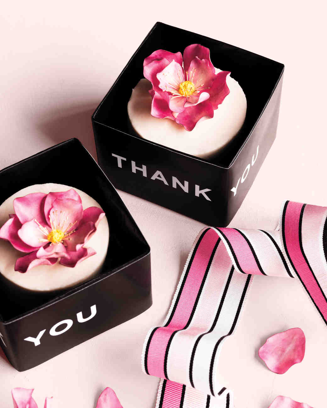 40 GiftBox Ideas to Hold Your Wedding Favors in Style Martha