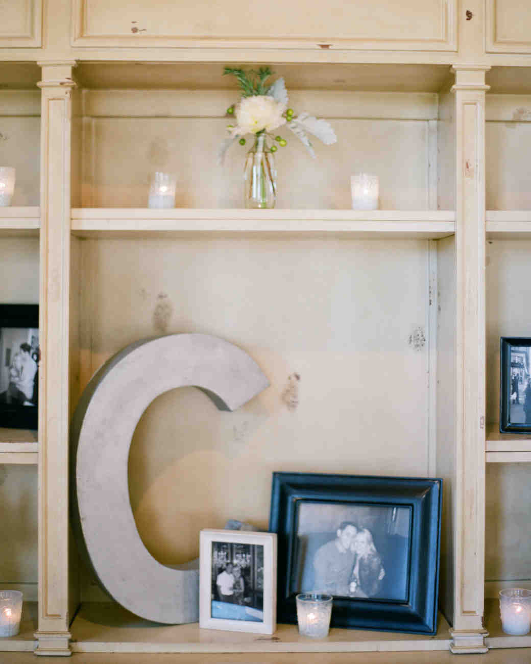 6 Ideas On How To Display Your Home Accessories: 30 Creative Ways To Display Photos At Your Wedding