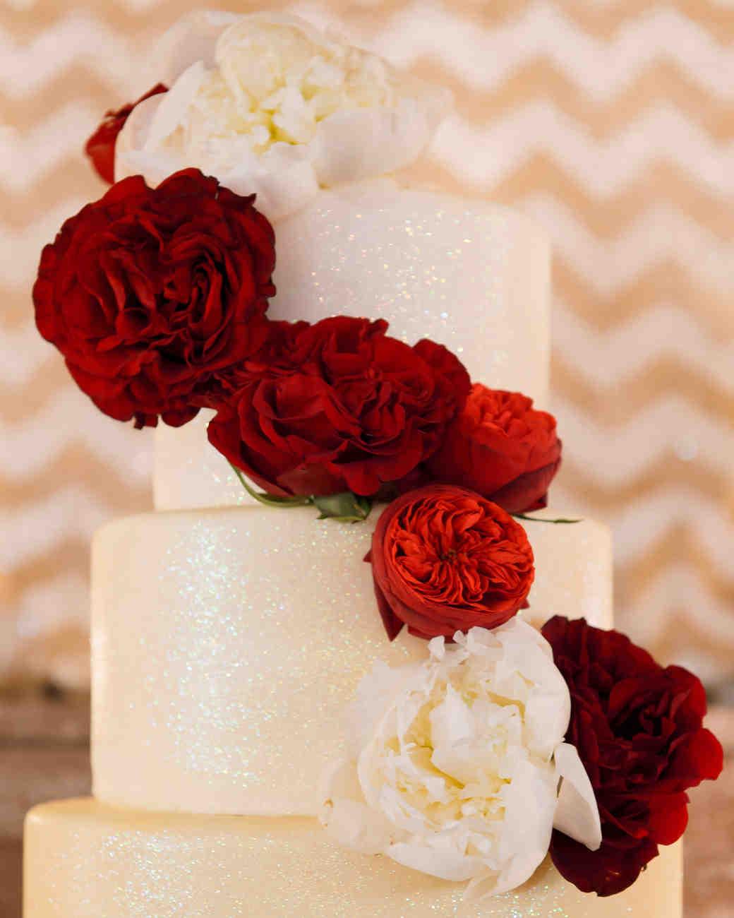 A Glamorous New Year\'s Eve Destination Wedding in Chicago | Martha ...