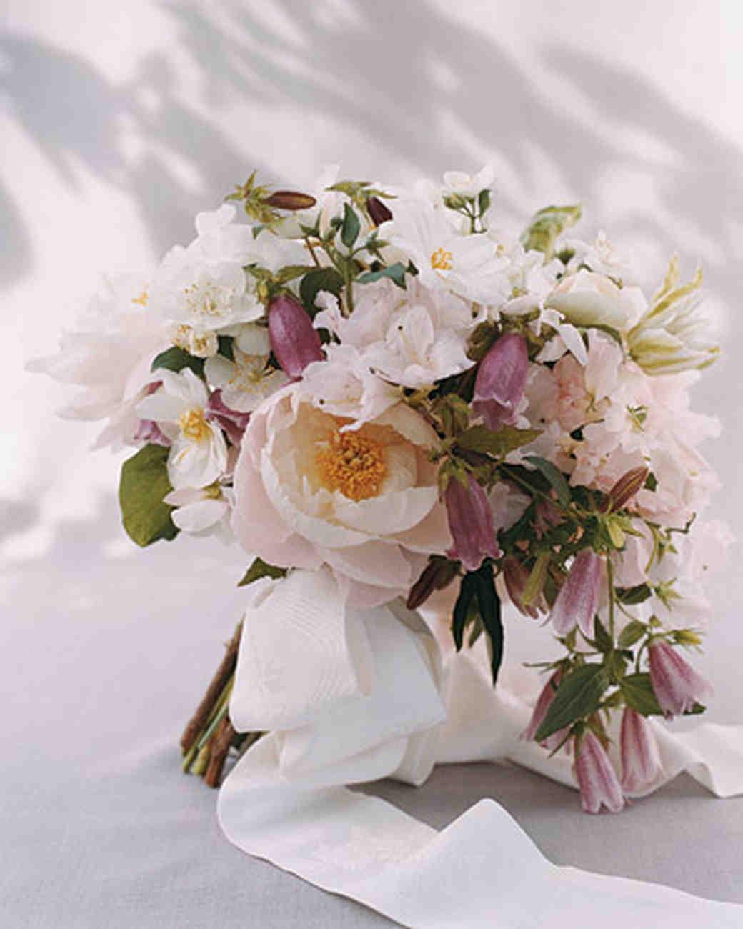 mwa102418_spr07_bouquet.jpg