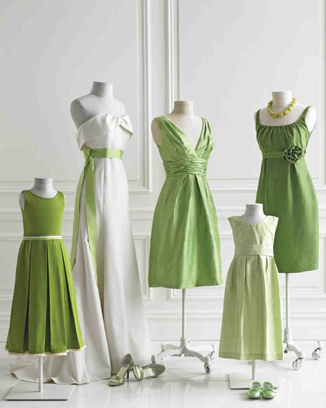 Wedding colors green and white martha stewart weddings ombrellifo Choice Image