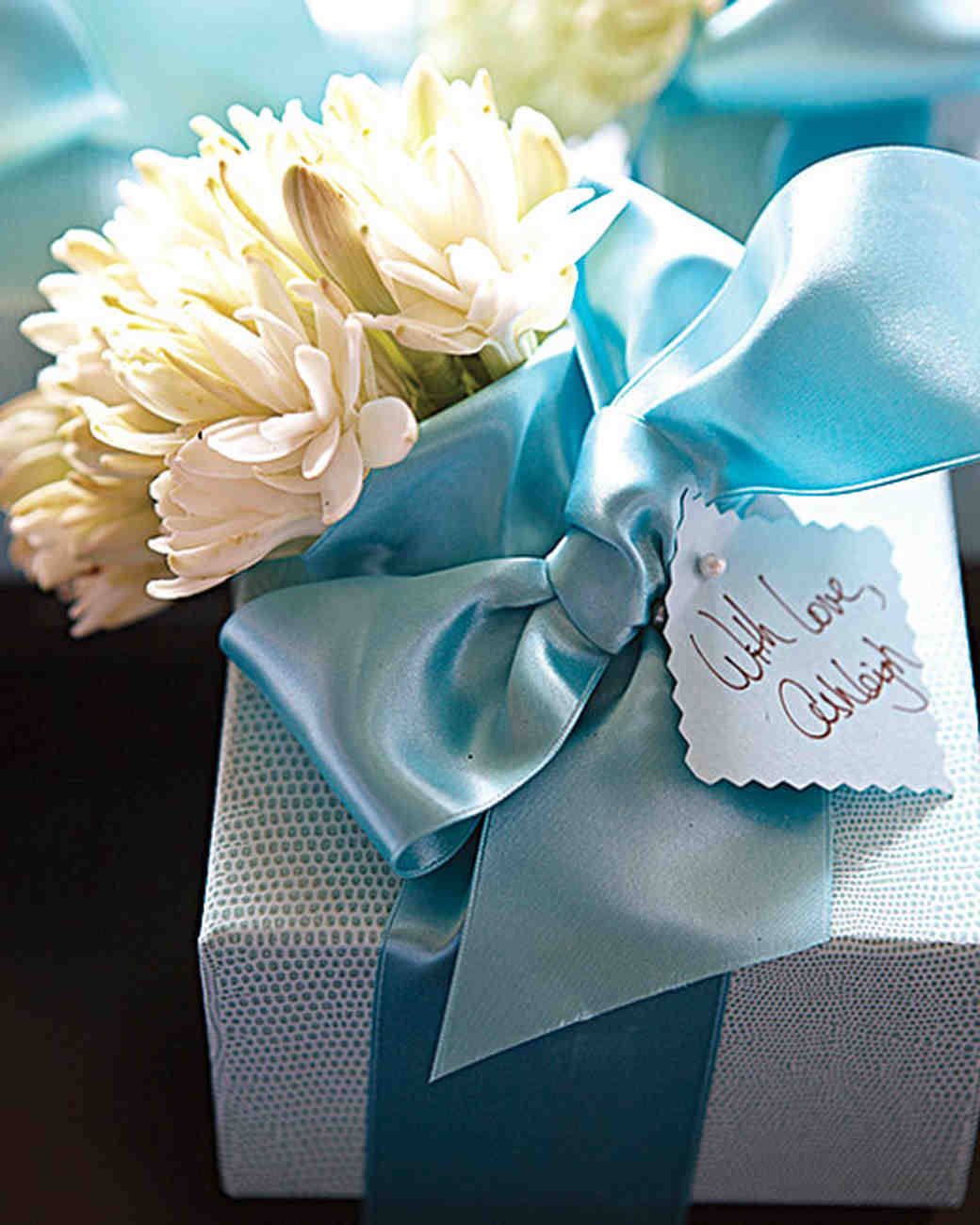 Bridal Shower Tips From The Experts Martha Stewart Weddings