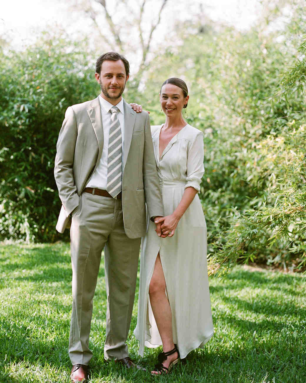 Honeymoon Clothes For Bride: Proper Wedding Attire Etiquette