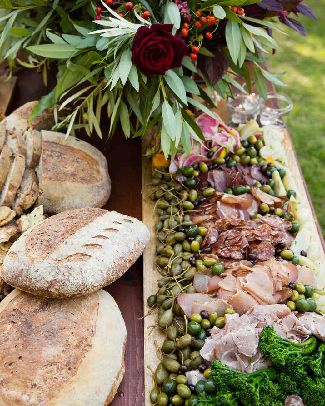35 Wedding Centerpieces To Steal For Your Thanksgiving