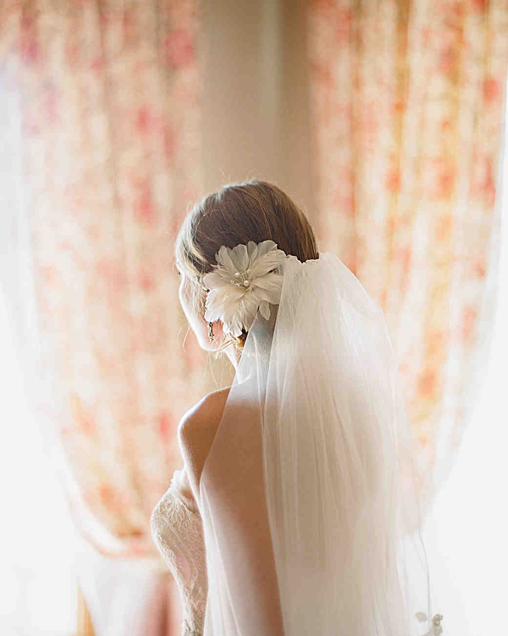 Tulle Veil with Flower Clip