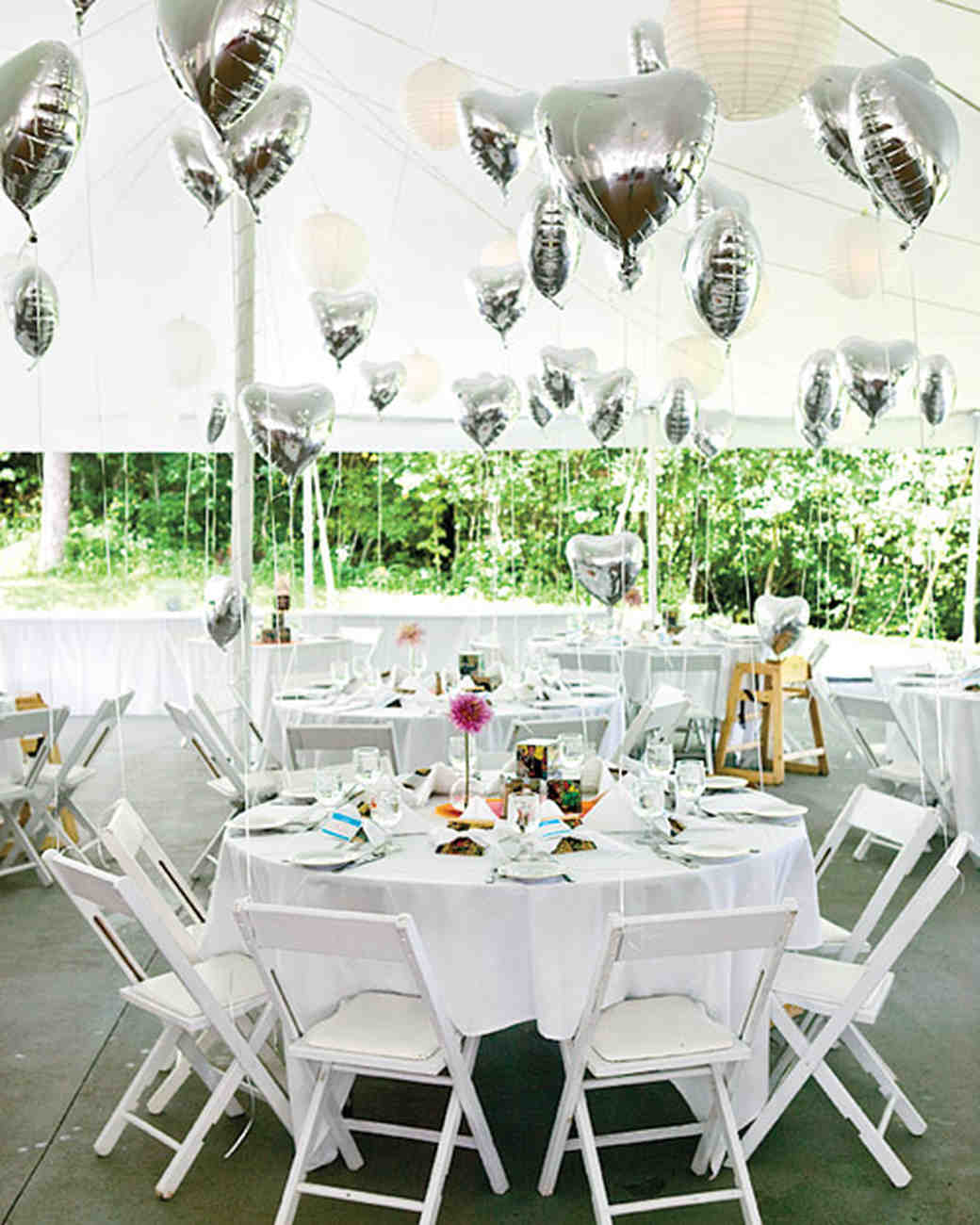 Wedding Party Decorations: DIY Balloon Wedding Decor