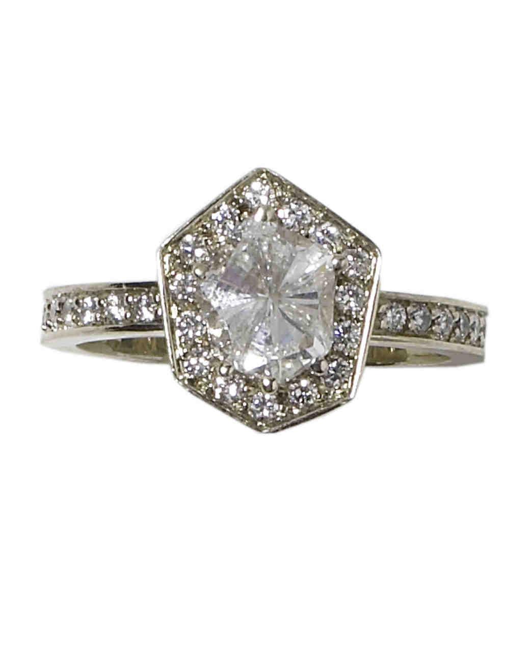 wd404606_spr09_jewelry18.jpg