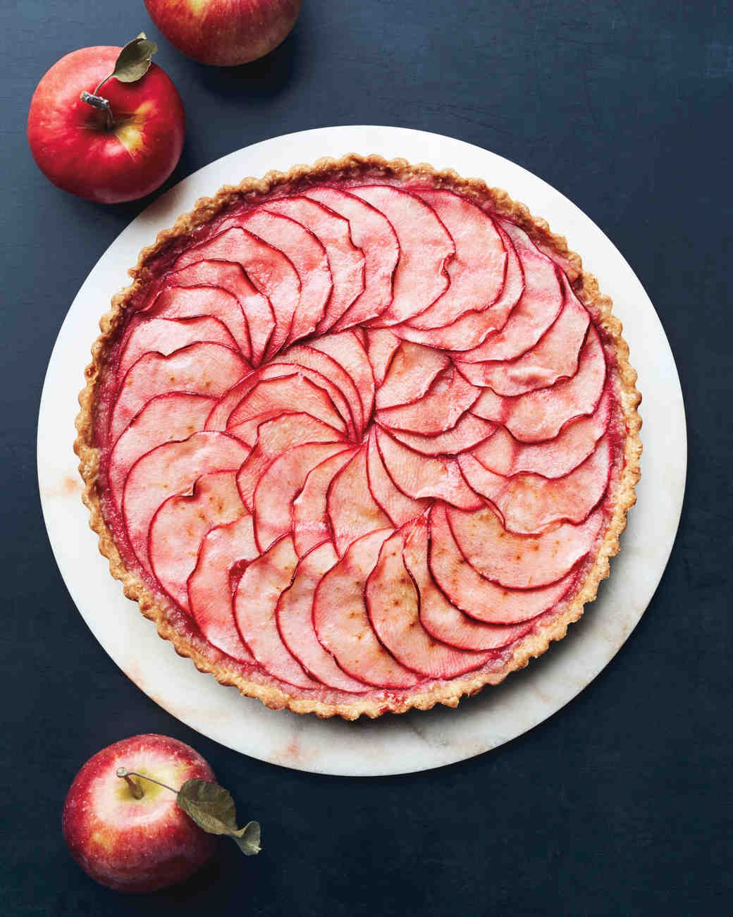 10 Apple Desserts Freshly Picked for a Bridal Shower | Martha ...