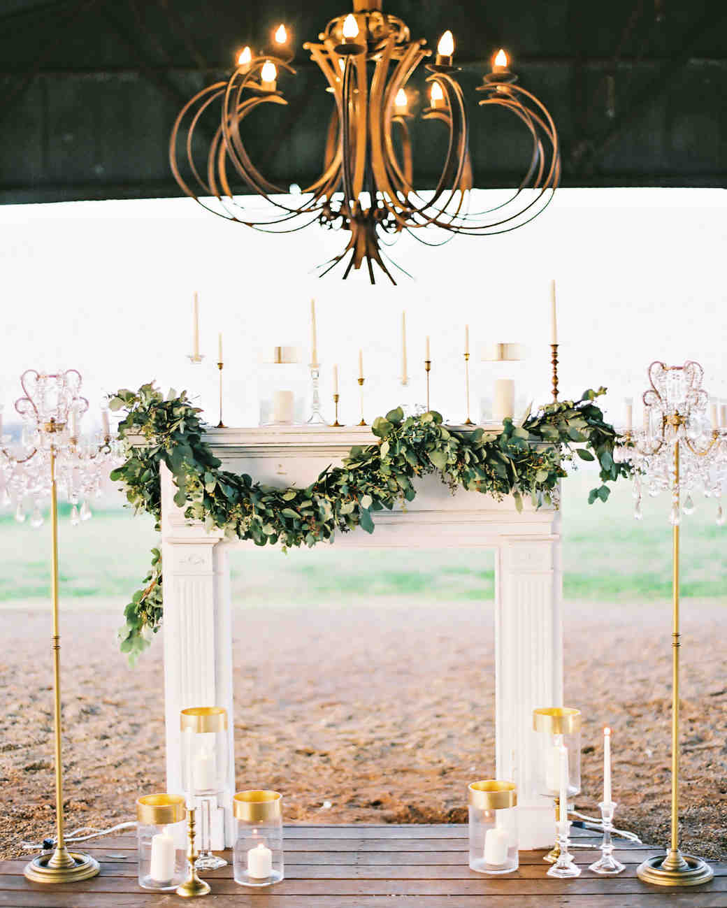 Aisle with mantel