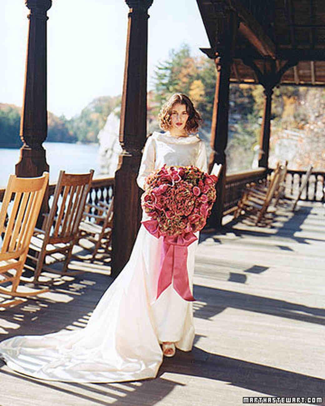 msw_fall00_bouquet_artful.jpg