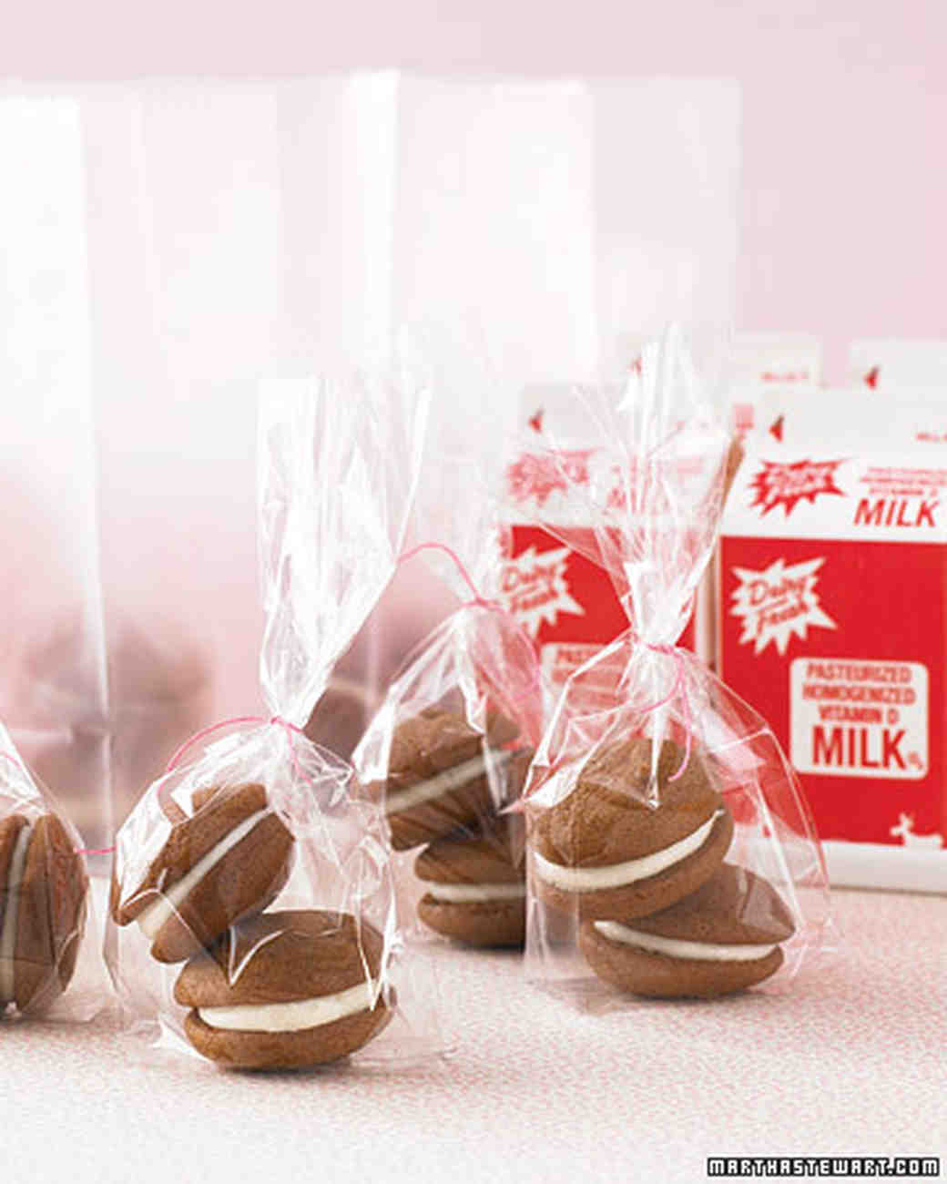 The Best Cookie Wedding Favors | Martha Stewart Weddings