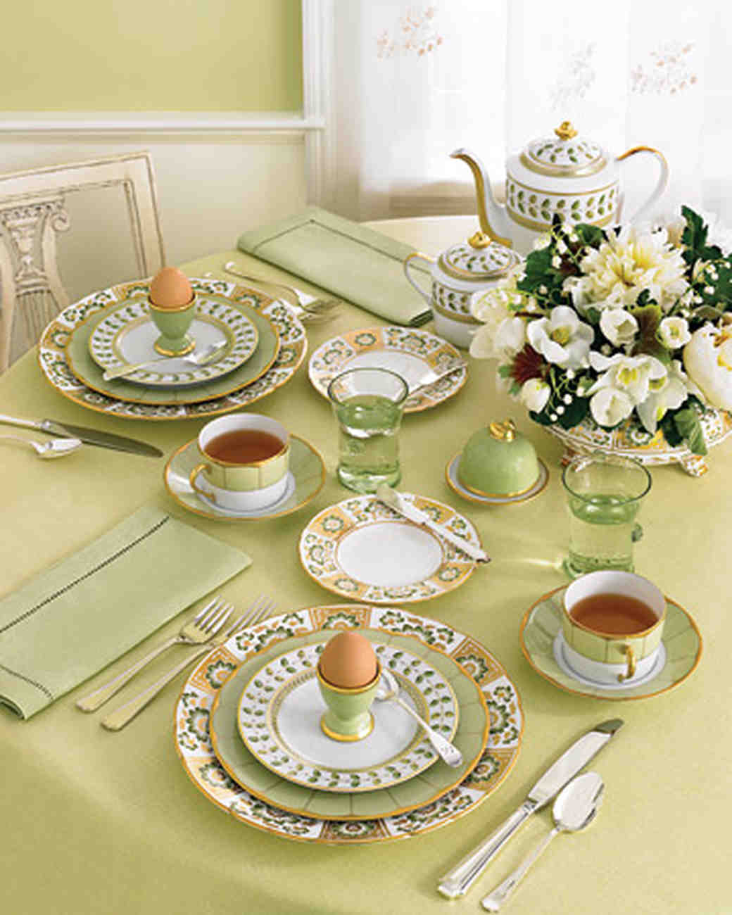 Inspiration and Tips to Mix-and-Match Your China Like a Pro | Martha ...
