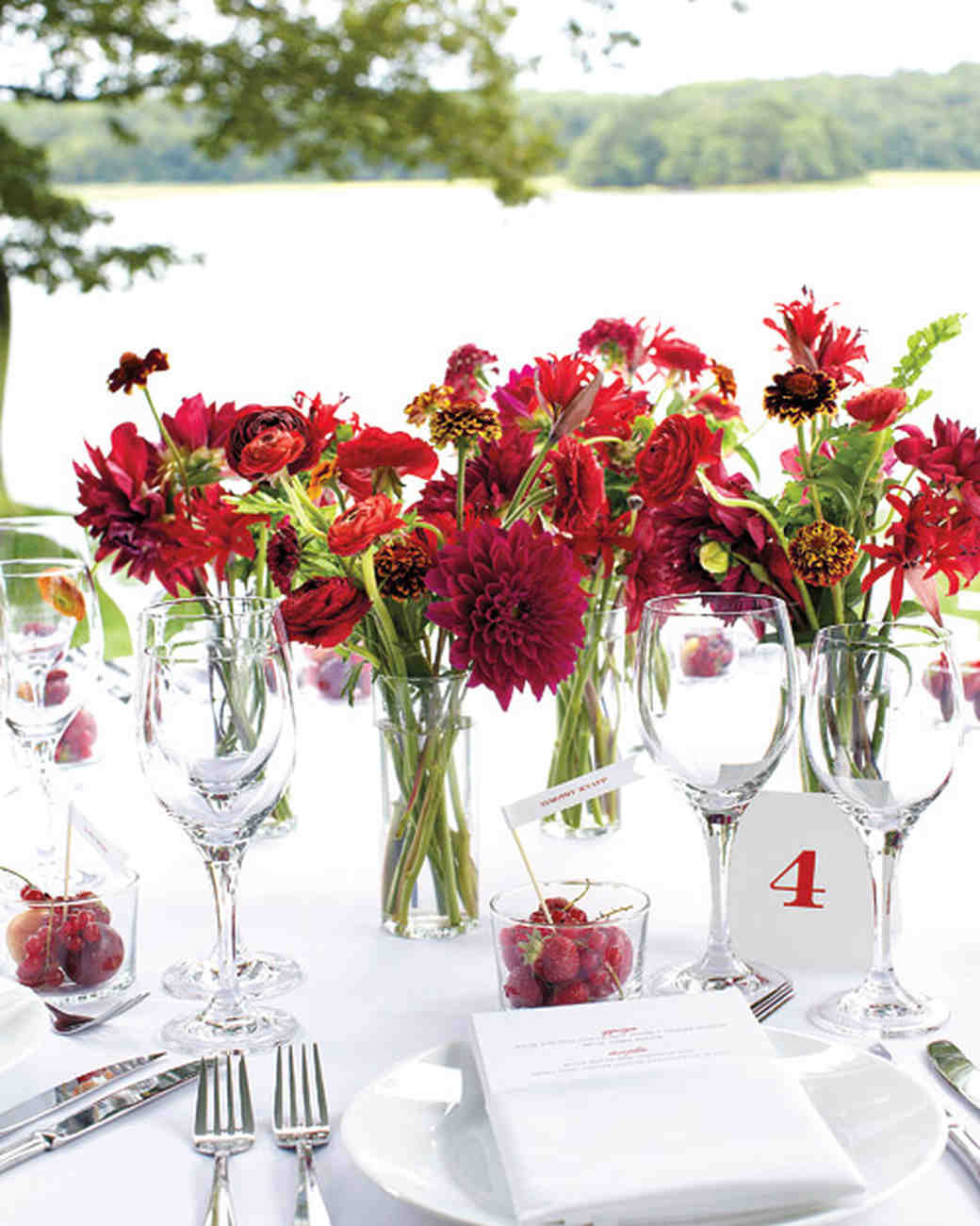Wedding Centerpieces: Dahlia Wedding Centerpieces