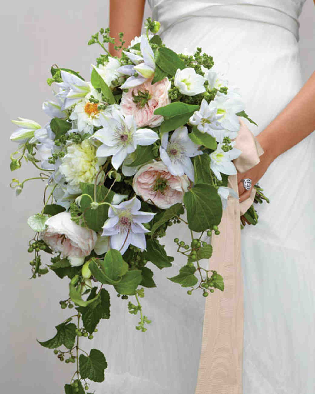 Flowers for every element of your wedding martha stewart for Wedding flowers ideas pictures