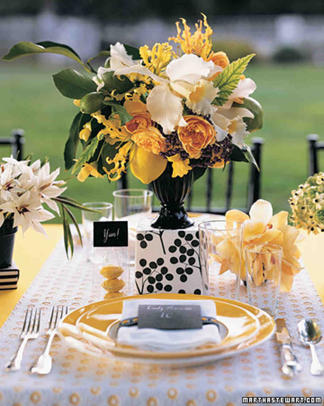 Yellow Wedding Flowers Ideas: Yellow Wedding Centerpieces