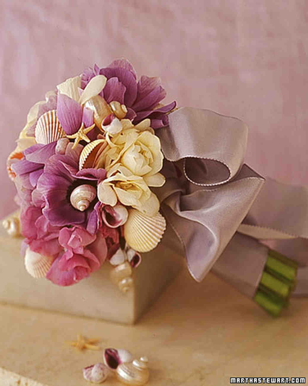 wa98240_su00_shellbouquet.jpg