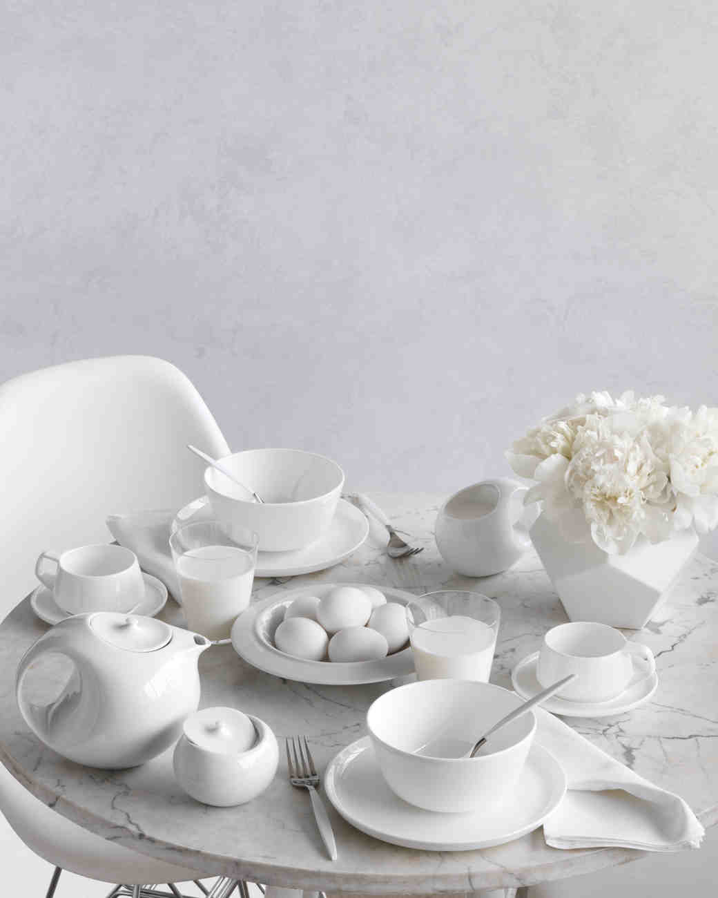 white-table-059-mwd109608.jpg
