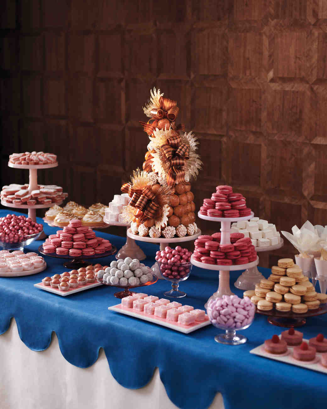 Red Dessert Table For Weddings: 39 Amazing Dessert Tables